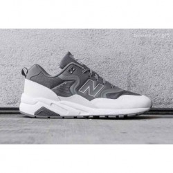 New balance brings deadstock's re-engineered Colorway To Its Classic Mrt580
