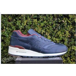 New-Balance-997-Clay-Red-New-Balance-997-Purplish-Red